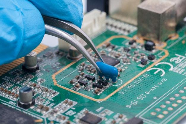 circuit board solder and assembly